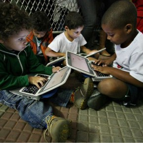 UNESCO lança livro sobre métodos para avaliar uso de tecnologias na educação
