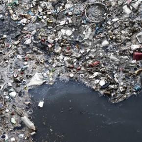 "Um ""continente"" de plástico no Pacífico"